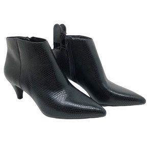 (SH-129) Time and Tru BootS Heel Black Size 9